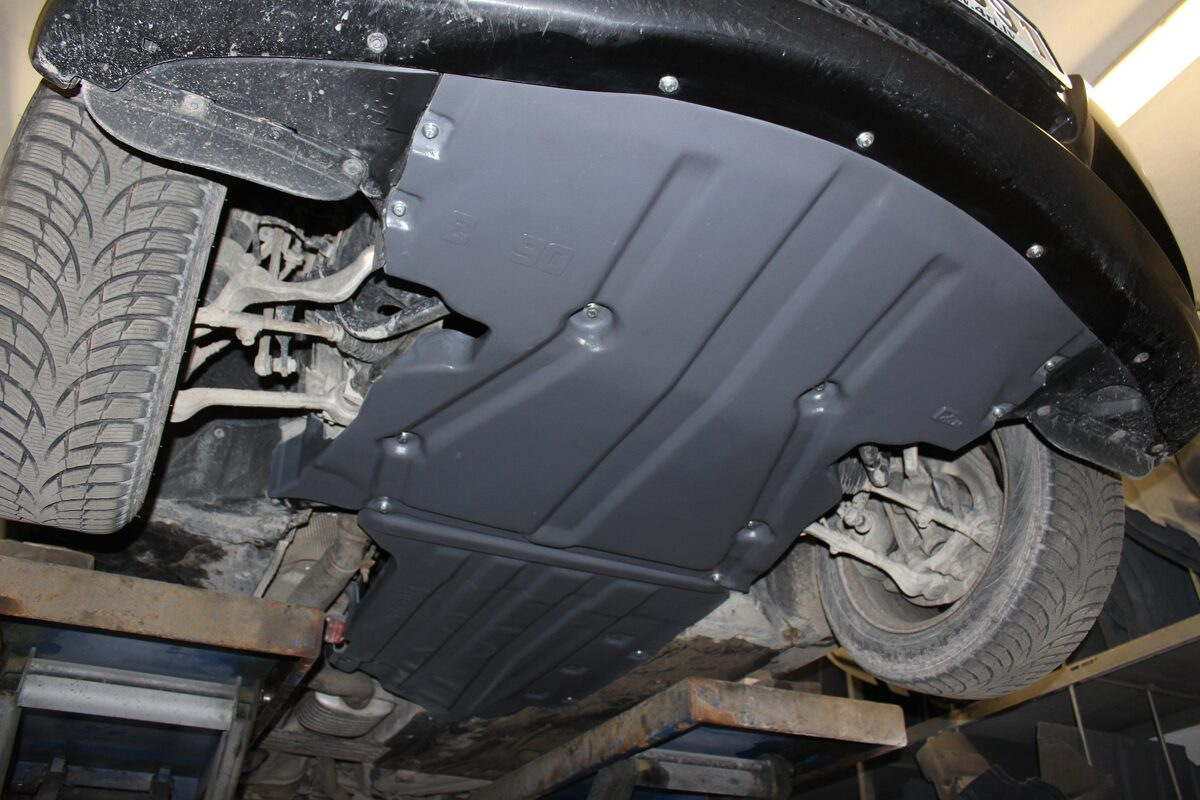 BMW 1 E87 ( 2004 - 2007 ) ( 2 parts ) motora aizsargs