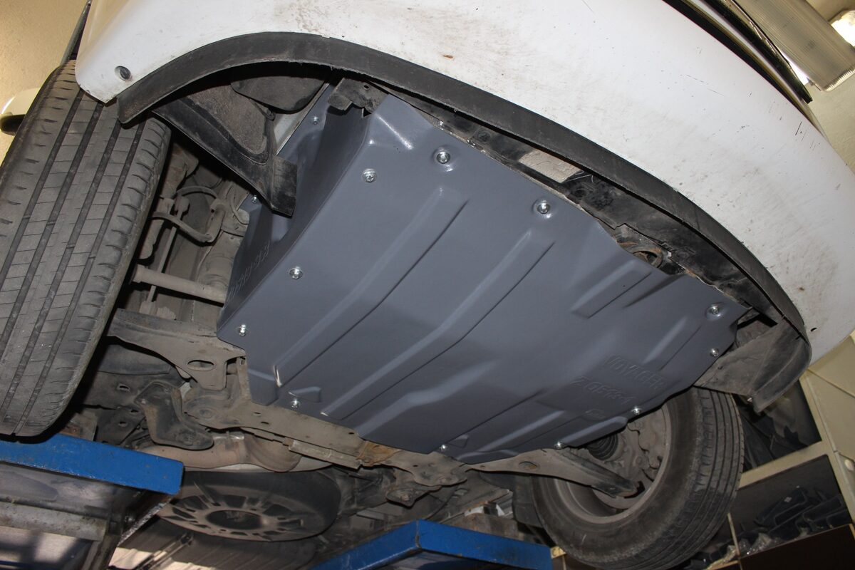 Chrysler Voyager V ( 2010 - 2015 ) restyle ( 3 parts ) motora aizsargs